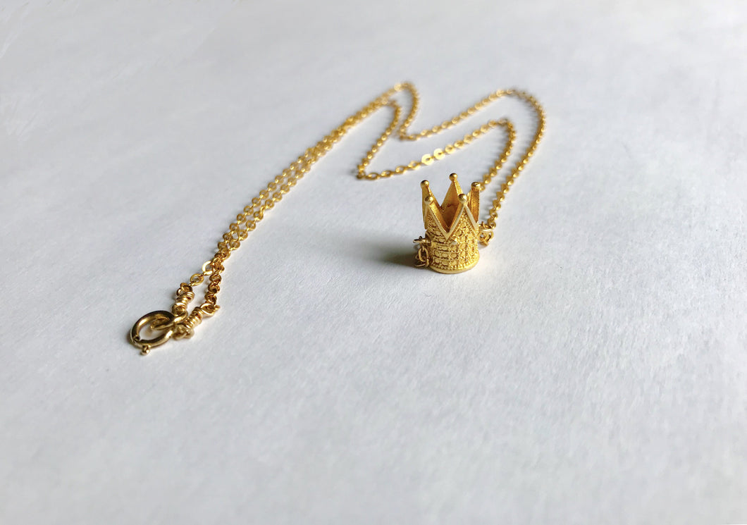 Crown Royal Necklace (Unisex)