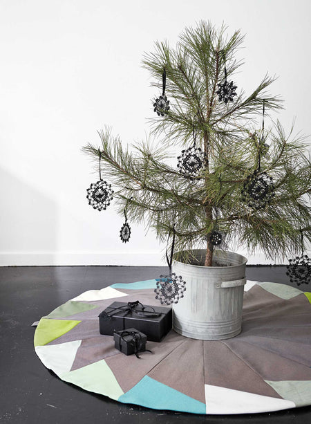 Ferfera Christmas Tree Mat – Green - Place de Bleu