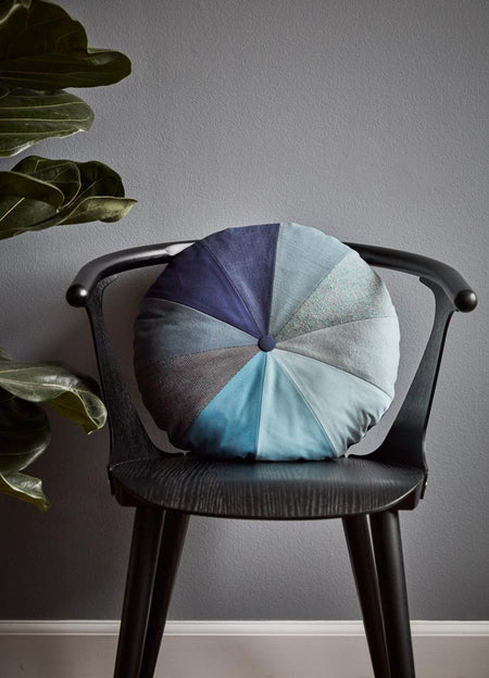 Gradient Cushion – Blue
