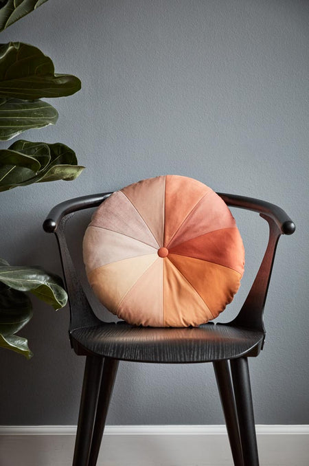 Gradient Cushion – Coral
