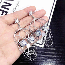 Charger l'image dans la galerie, Korean personality wild hiphop retro Halloween punk skull earrings hollow metal temperament dangle earrings for women | Tête De Mort Passion Shop