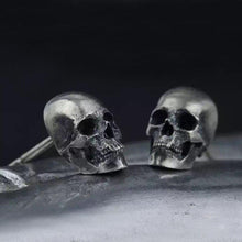 Charger l'image dans la galerie, Original Design Pure 925 Silver Skull Earrings Men and Women Superfine Punk Earrings Nice Present for Birthday | Tête De Mort Passion Shop