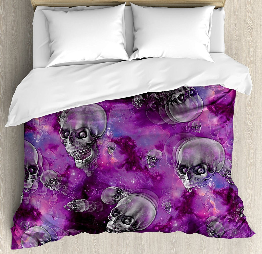 Skull Decor Duvet Cover Set Horror Movie Themed Flying Skull Heads Halloween in Outer Space Image 4 Piece Bedding Set | Tête De Mort Passion Shop