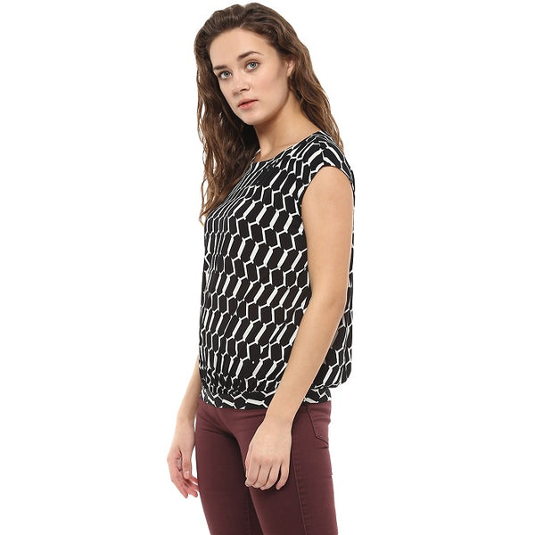 Black & White Geometric Print Top