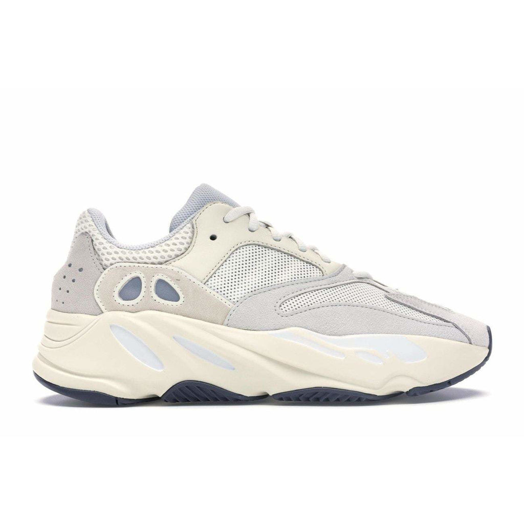 Yeezy 700 Boost Analog - Authentic limited sneakers at HDG.sales
