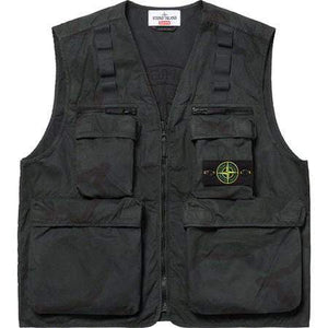Supreme x Stone Island Vest Black Camo - Authentic limited sneakers at HDG.sales