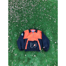 Load image into Gallery viewer, VINTAGE NUTMEG RARE NHL EASTERN CONFERENCE PHILADELPHIA FLYERS PULL OVER PUFF JACKET