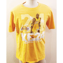 Load image into Gallery viewer, VINTAGE NBA LOS ANGELES LAKERS 24 KOBE BRYANT TSHIRT