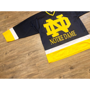 VINTAGE RARE NCAA RED OAK NOTRE DAME HOCKEY JERSEY
