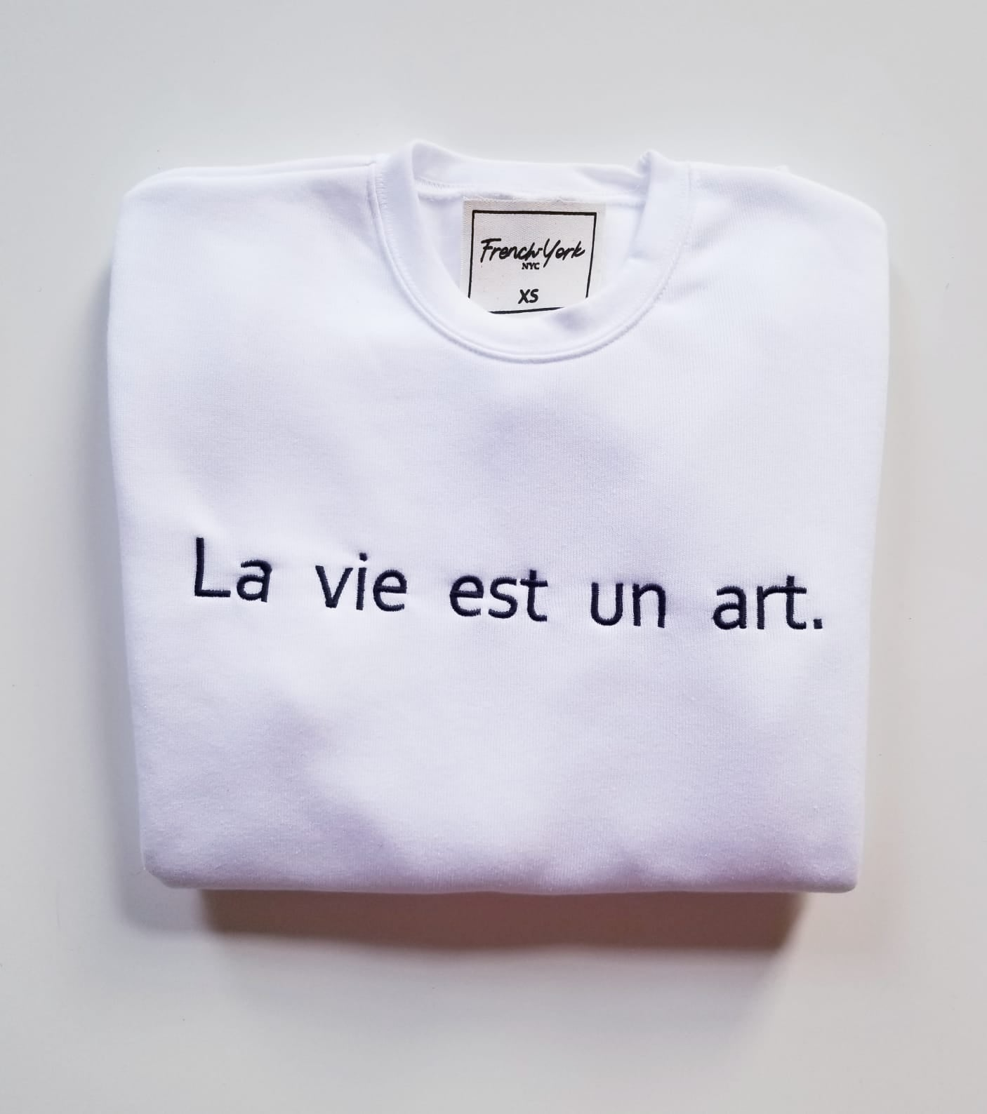 Women Sweater La vie est un art.