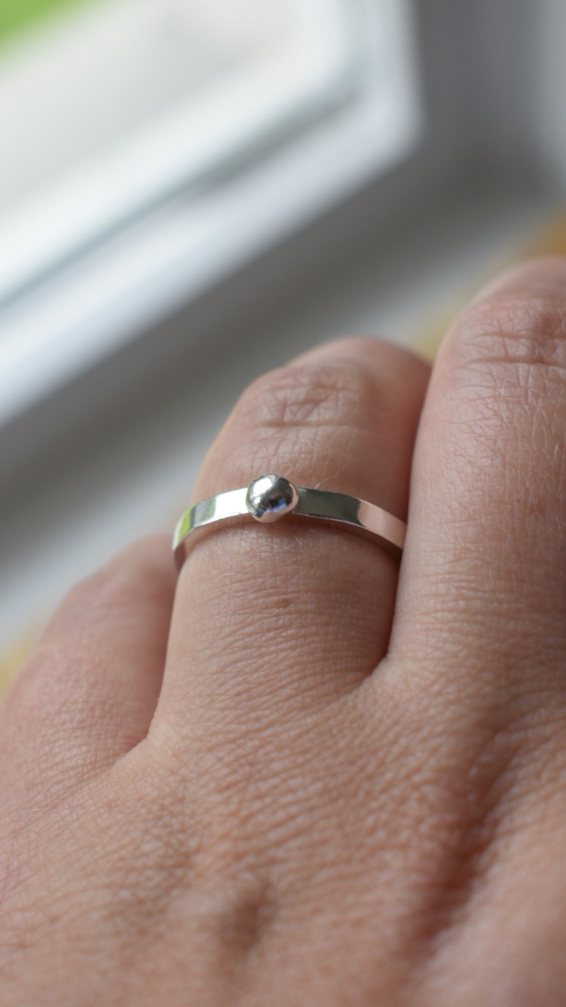 Textured Silver band with silver bubble