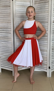 Second Hand Costume - Red & White, Top & Skirt - approx size Child Large/XL