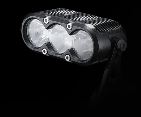 PRE-ORDER - 2017 Gloworm XS 2500 Lumen Light Set