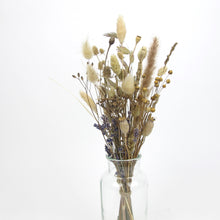 Load image into Gallery viewer, Small dried arrangement in vase