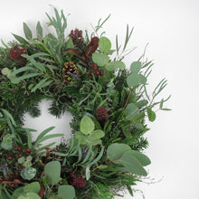Load image into Gallery viewer, Seasonal Door wreath