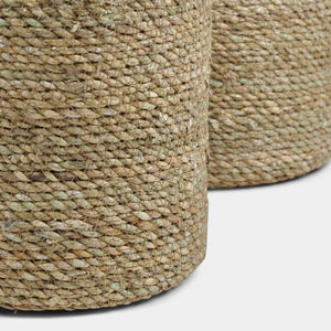 Natural raffia round basket