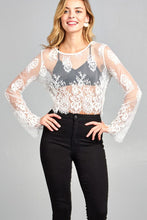 Ladies fashion long sleeve round neck scallop lace hem crop top