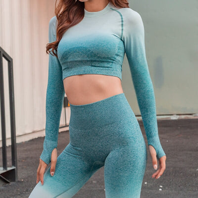 Women's Seamless Long Sleeve Workout Tops with Thumb Hole
