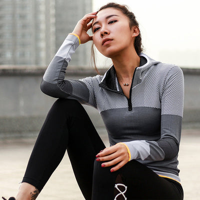 Women Hooded running jacket Long Sleeve