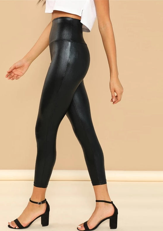 Modern Lady Crop Black Polyester Leggings