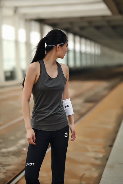 Women's activewear backless workout tops