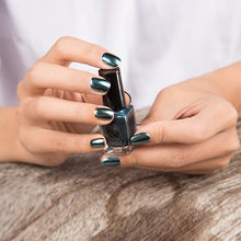 Load image into Gallery viewer, Long-Lasting Glossy Nail Polish