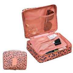 trousse-maquillage-voyage-rose-leopard