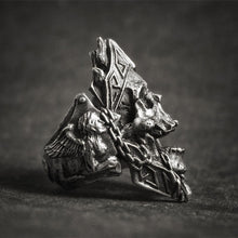 Load image into Gallery viewer, Skull King Ring - Viking Valor