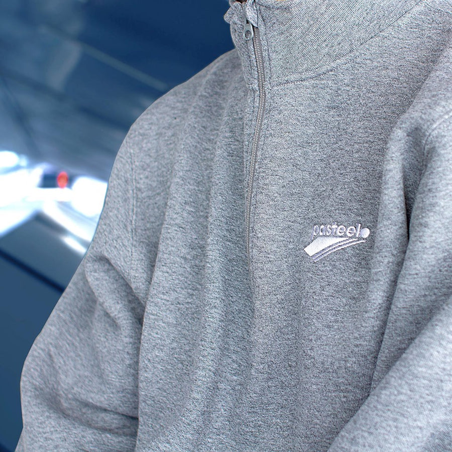 Pasteelo - Embroidered 1/4 Zip Pullover