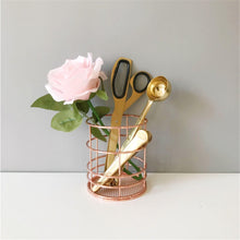 Load image into Gallery viewer, Rose Gold Wire Pencil Organizer