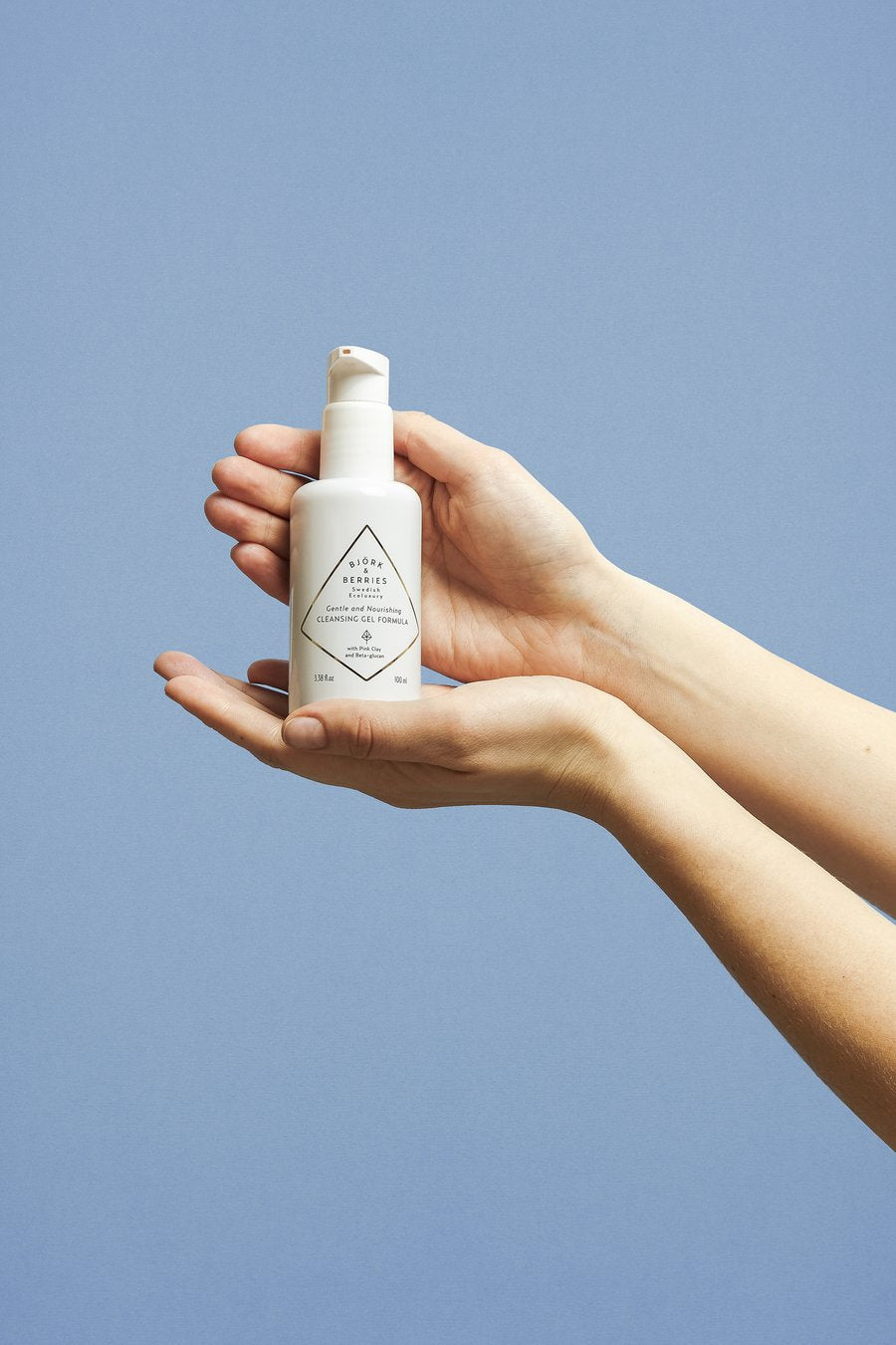 How to use our Nourishing Cleansing Gel Formula
