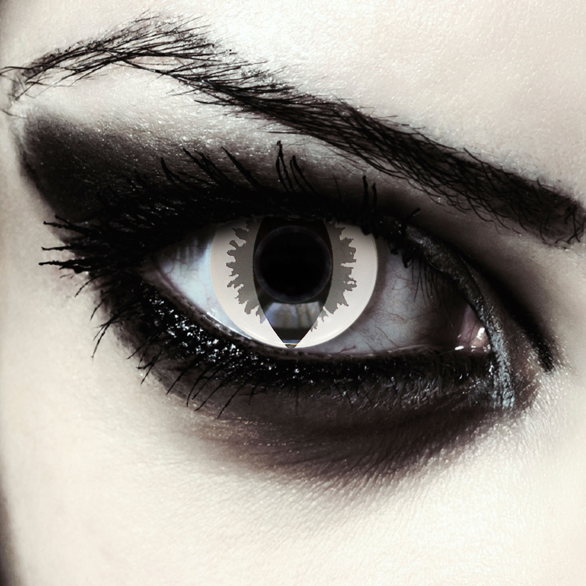 Grey And White Colored Cat Eye Contacts For Halloween Carnival