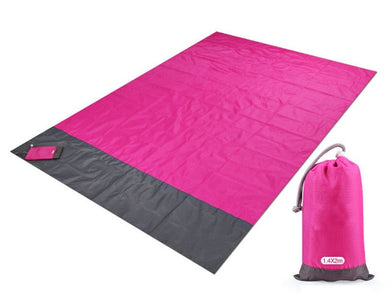 Magic Sand Free Beach Mat: It's Engineered to Allow Sand to Fall Through the Mat
