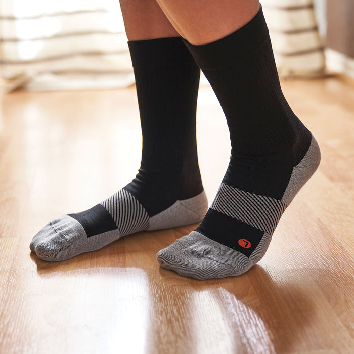 Anodyne Footwear No. 7 Crew Length Diabetic Socks, Black - Model Image | www.dahlmedicalsupply.com
