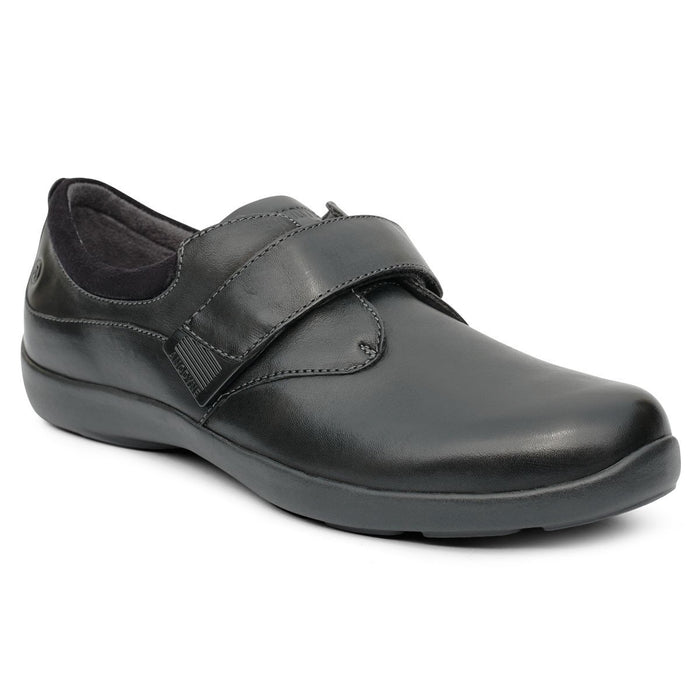 Anodyne No.67 Therapeutic Diabetic Casual Comfort Shoe, Black - front view | dahlmedicalsupply.com
