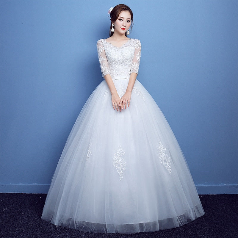 V-neck wedding dress with sleeves