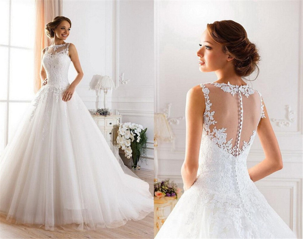 Wedding dress with beautiful back design