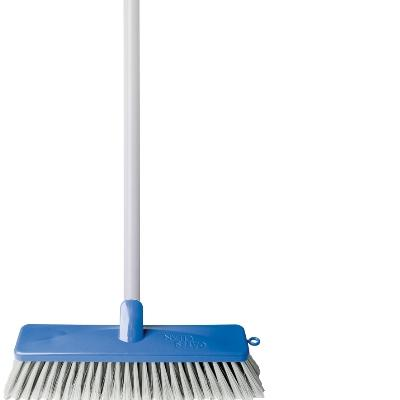 SUPERIOR INDOOR BROOM HDLD (4)