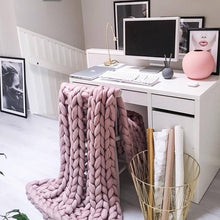 Load image into Gallery viewer, Merino Wool Oversized Knitted Pink Blanket