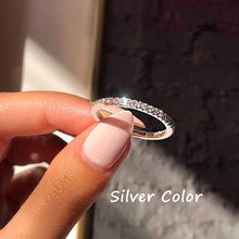 Load image into Gallery viewer, Teardrop Shape Wedding Ring