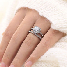 Load image into Gallery viewer, Square Style Wedding Ring