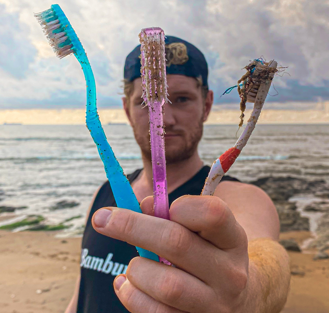 plastic toothbrush - eco-friendly - @BambuuBrush