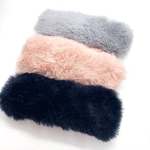 Load image into Gallery viewer, Faux Fur Hair Clips