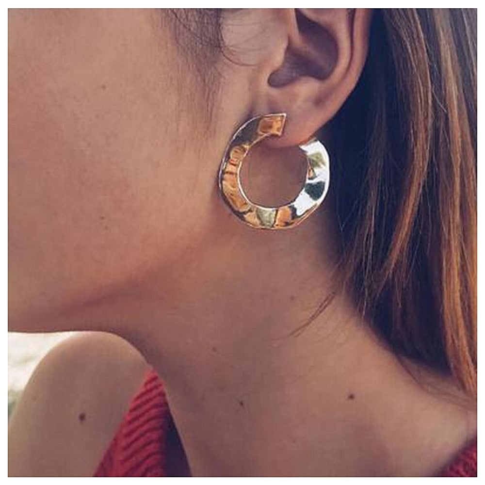 Becca Statement Curved Circle Earring