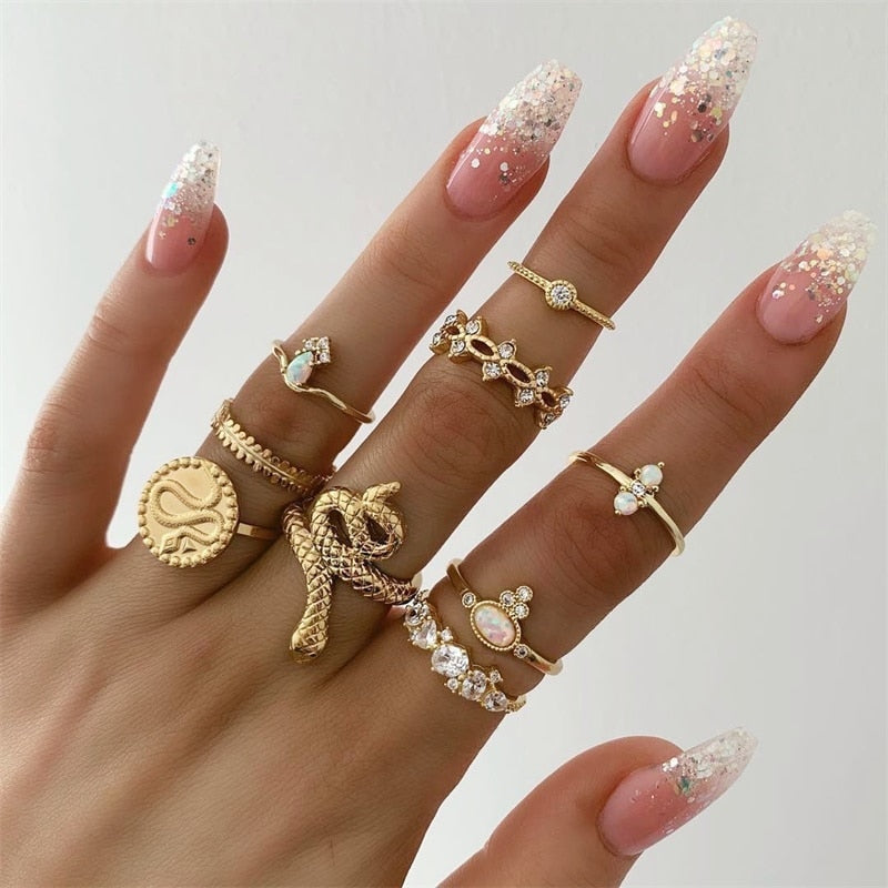 Hizzz Gold Ring Set of 9