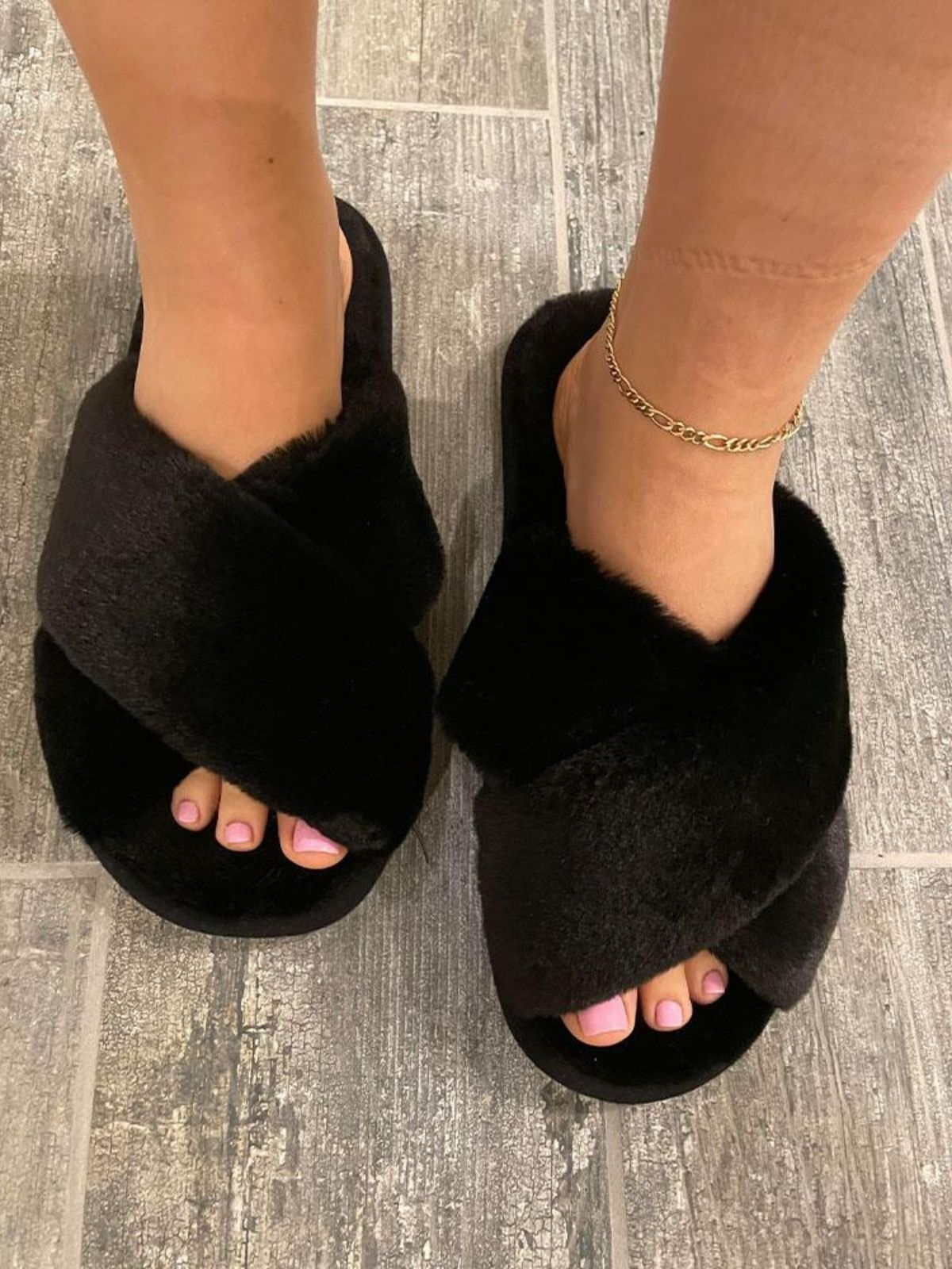 Faux Fur Slipper Black