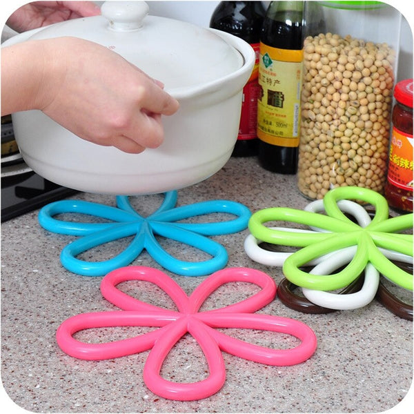 Silicone Flower Shaped Hot Pot Mat - Multicolor