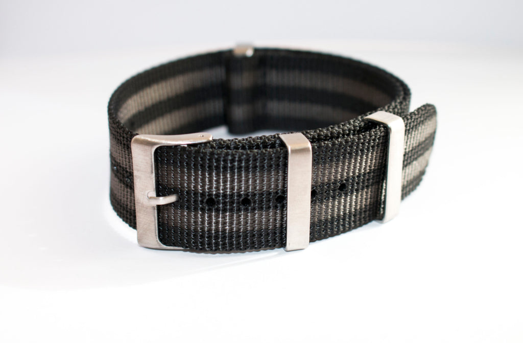 black and double grey stripe 22mm nato watch strap seiko skx007