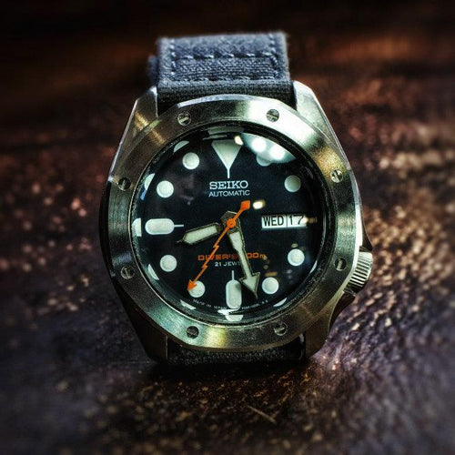 Clear Double Dome SKX Sapphire Crystal - Clear Anti-Reflective Coating (AR)