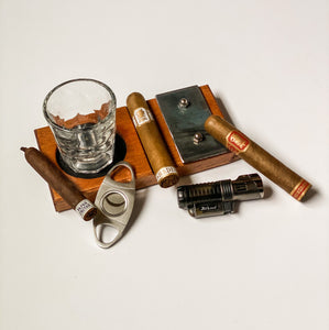 The Cigar Aficionado Set